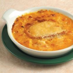 Zuppa di cipolle gratinata allo zafferano